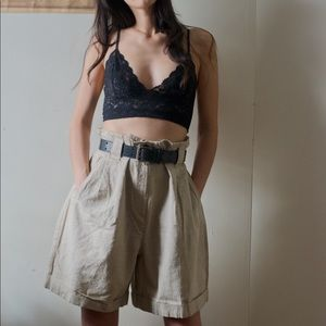 Vintage high waisted pleated linen shorts